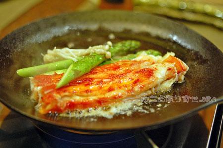 食レポ「タラバガニ」:バター焼き中