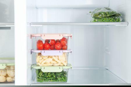 冷蔵庫の庫内